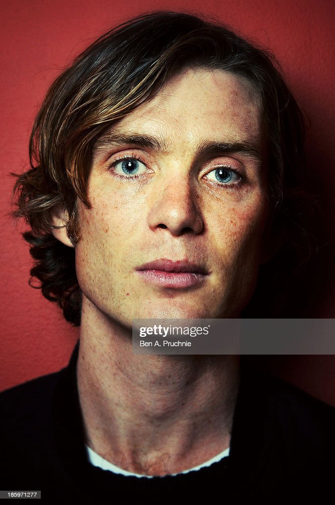 <a gi-track='captionPersonalityLinkClicked' href=/galleries/search?phrase=Cillian+Murphy&family=editorial&specificpeople=224782 ng-click='$event.stopPropagation()'>Cillian Murphy</a> poses for photographs before introducing his BFI Screen Epiphany 'Scarecrow' at BFI Southbank on October 26, 2013 in London, England.