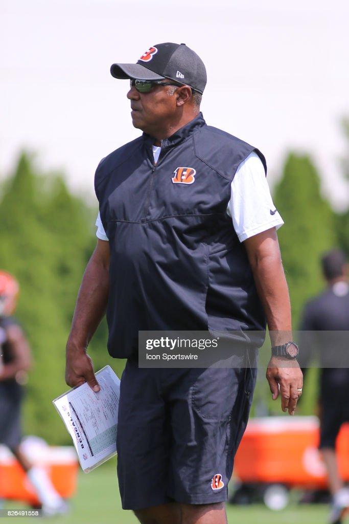 Cincinnati Bengals head coach Marvin Lewis looks on during Cincinnati Bengals training camp practice on July 28th, 2017, in Cincinnati, OH.