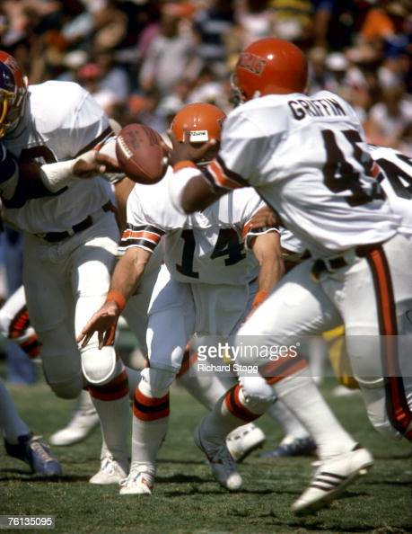 Cincinnati Bengals Qb Ken Anderson Stock Photos And Pictures Getty Images