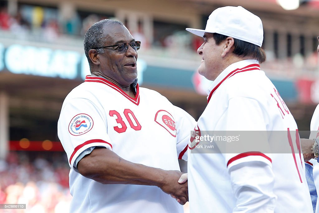 Cincinnati Reds greats Ken Griffey and <a gi-track='captionPersonalityLinkClicked' href=/galleries/search?phrase=Pete+Rose&family=editorial&specificpeople=202020 ng-click='$event.stopPropagation()'>Pete Rose</a> shake hands during a ceremony honoring the 1976 World Series Championship team prior to the start of the game between the Cincinnati Reds and the San Diego Padres at Great American Ball Park on June 24, 2016 in Cincinnati, Ohio.