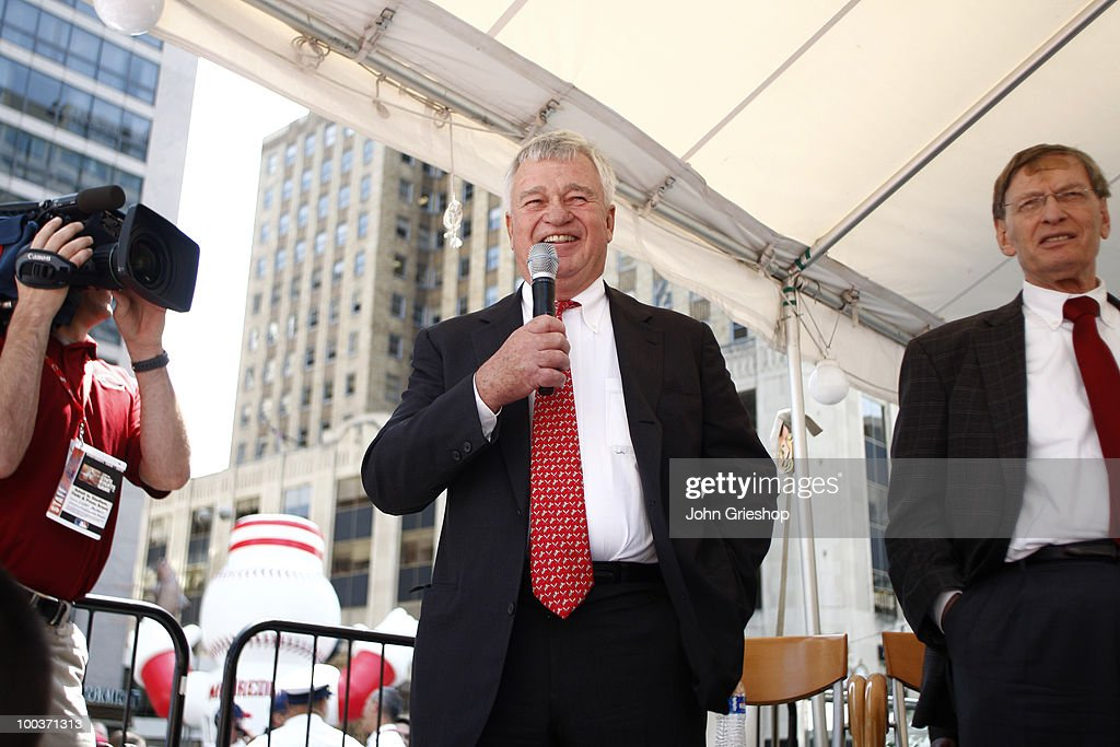 Cincinnati Reds owner Bob Castellini addresses the crowd during the Civil Rights Game Youth Summit/Wanna Play Spectacular on Saturday, May 15, 2010, at Fountain Square in Cincinnati, Ohio.