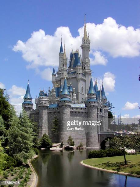 CONTENT] Cinderella's Castle in Walt Disney World's Magic Kingdom as seen from the entrance to Frontierland