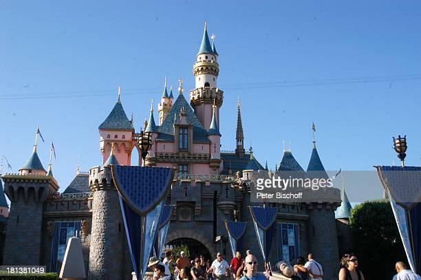 Cinderellas Schloß 'Disneyland Resort' Anaheim bei Los Angeles Kalifornien USA Amerika Nordamerika Vergnügungspark Freizeitpark Reise