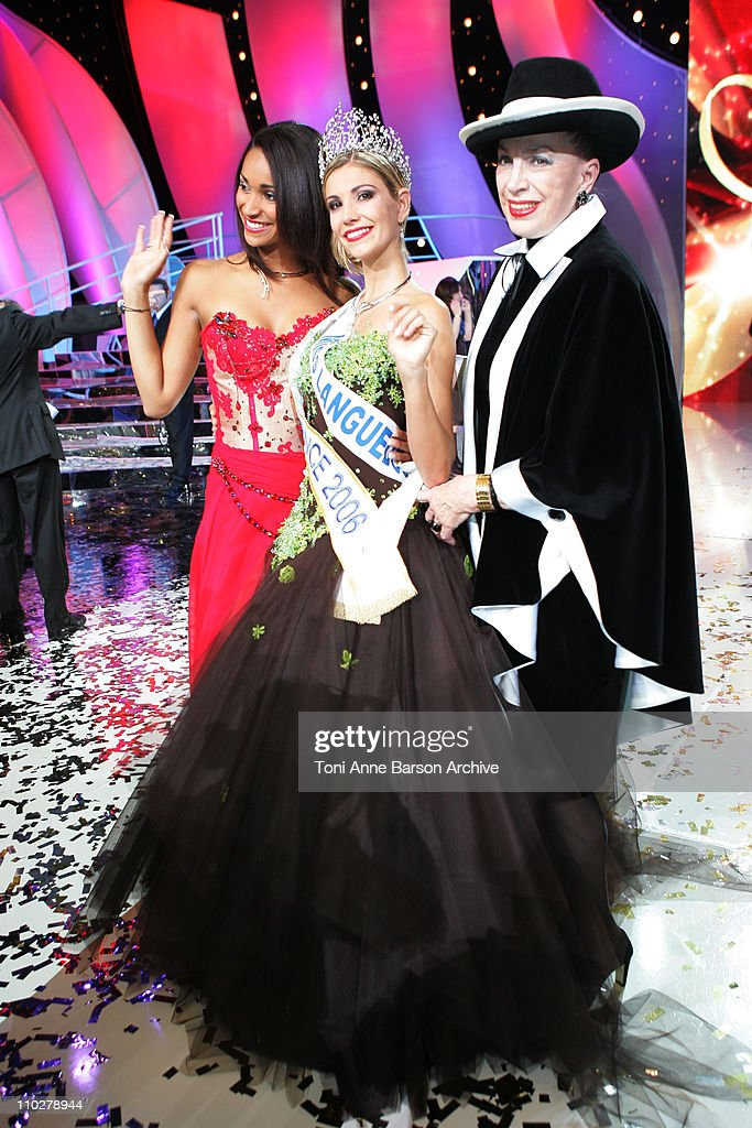 Cindi Fabre - Miss France 2005, <a gi-track='captionPersonalityLinkClicked' href=/galleries/search?phrase=Alexandra+Rosenfeld&family=editorial&specificpeople=815272 ng-click='$event.stopPropagation()'>Alexandra Rosenfeld</a> - Miss France 2006 and <a gi-track='captionPersonalityLinkClicked' href=/galleries/search?phrase=Genevieve+de+Fontenay&family=editorial&specificpeople=2139929 ng-click='$event.stopPropagation()'>Genevieve de Fontenay</a>