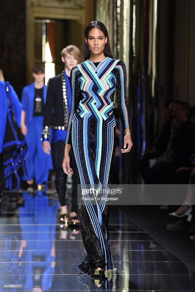 Joan Smalls walks the runway during the Balmain Menswear Spring/Summer 2017 show as part of Paris Fashion Week on June 25, 2016 in Paris, France.