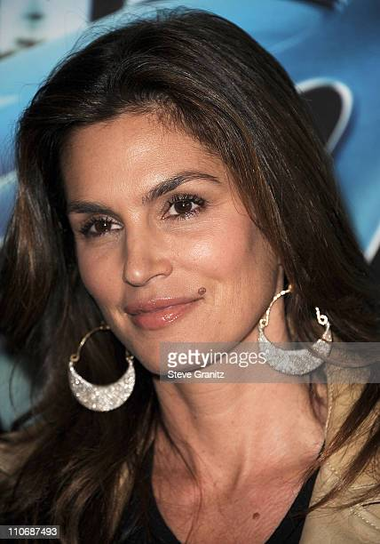 Cindy Crawford attends HBO's 'His Way' Los Angeles Premiere at Paramount Theater on the Paramount Studios lot on March 22 2011 in Hollywood California
