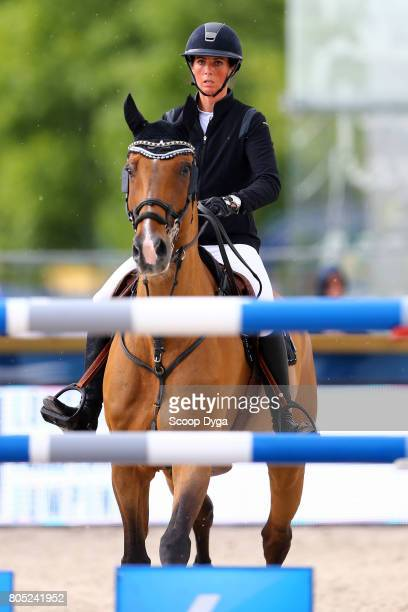 Cindy VAN DER STRATEN riding BALANCE 26 during the Prix Renault Mobility of the Longines Paris Eiffel Jumping on June 30 2017 in Paris France