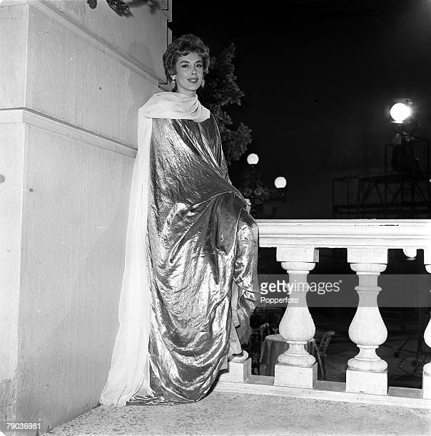 Cinema British actress Kay Kendall is pictured on the set of the film 'Abdullah the Great'