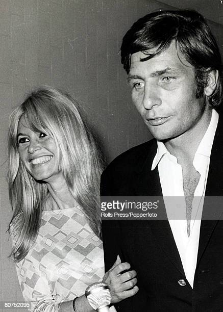 15th July 1966 Los Angeles French film actress Brigitte Bardot pictured with her soon to be 3rd husband German playboy millionaire Gunther Sachs The...