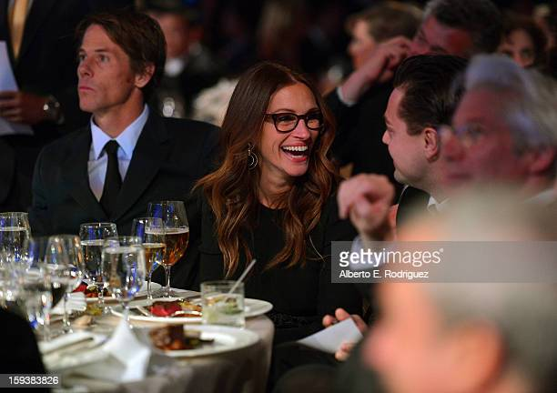 Cinematographer Daniel Moder actress Julia Roberts Leonardo DiCaprio and Richard Gere attend the 2nd Annual Sean Penn and Friends Help Haiti Home...