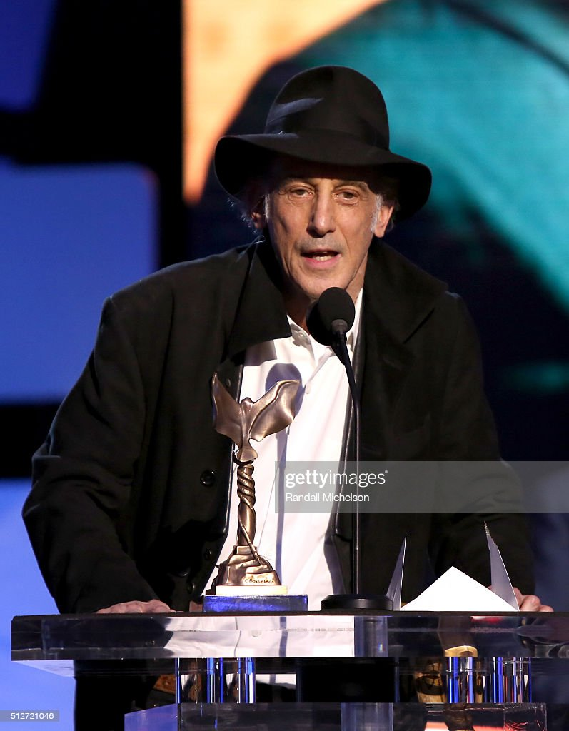 Cinematographer <a gi-track='captionPersonalityLinkClicked' href=/galleries/search?phrase=Edward+Lachman&family=editorial&specificpeople=3210117 ng-click='$event.stopPropagation()'>Edward Lachman</a> accepts the Best Cinematography for 'Carol,' onstage during the 2016 Film Independent Spirit Awards on February 27, 2016 in Santa Monica, California.
