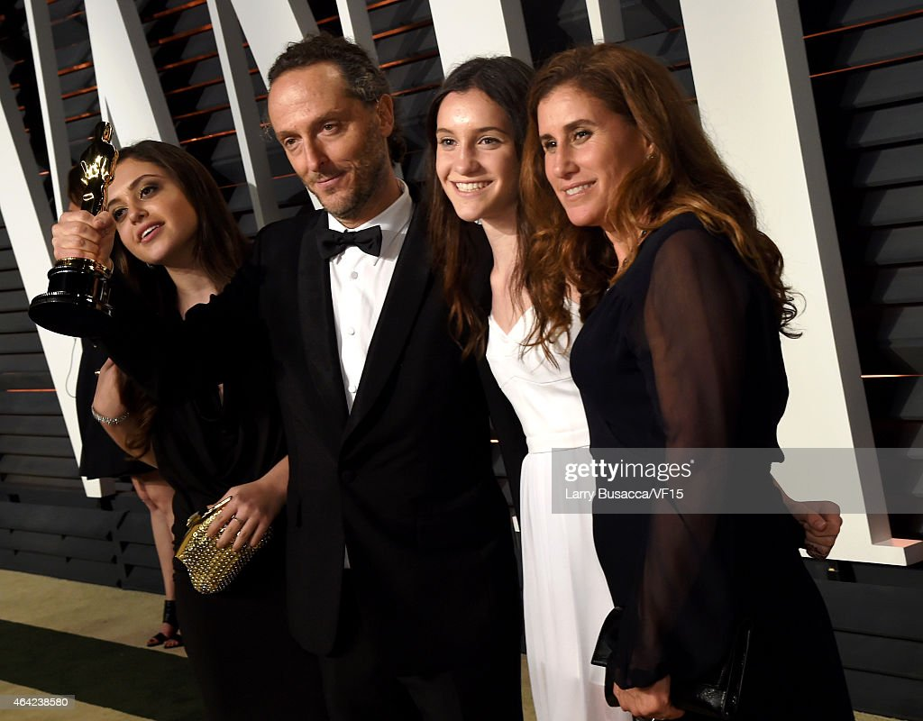 Cinematographer Emmanuel Lubezki (2nd L) attends the 2015 Vanity Fair Oscar Party hosted by Graydon Carter at the Wallis Annenberg Center for the Performing Arts on February 22, 2015 in Beverly Hills, California.