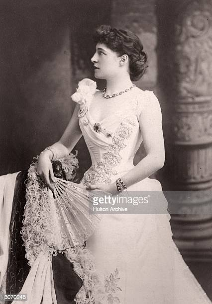 English actress Lillie Langtry for whom Oscar Wilde wrote 'Lady Windermere's Fan'