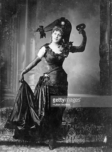 Actress Phyllis Broughton in a scene from the pantomime 'Robinson Crusoe'