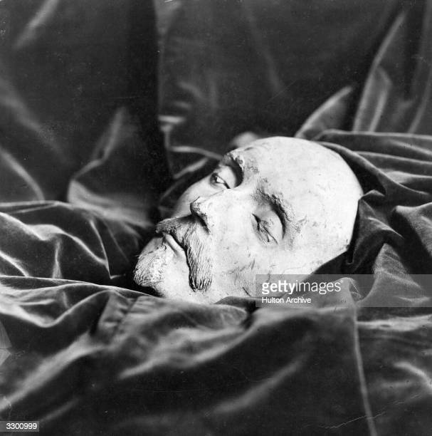 A death mask thought to be that of English dramatist William Shakespeare Found by Dr Ludwig Becker in Mainz in 1849 the mask was linked to...