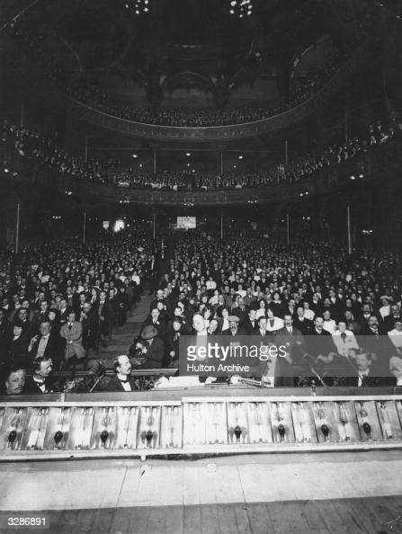 A large audience for the last performance at the Music Hall Lambeth
