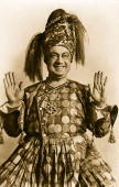 Actor Courtice Bonds star of the Arabian Nights stage musical 'Chu Chin Chow'
