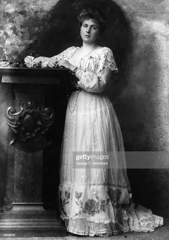 Victoria Eugene (Ena of the House of Battenberg ) ( 1887 - 1969), the grand-daughter of Queen Victoria who became the wife of Alfonso XIII, the King of Spain.
