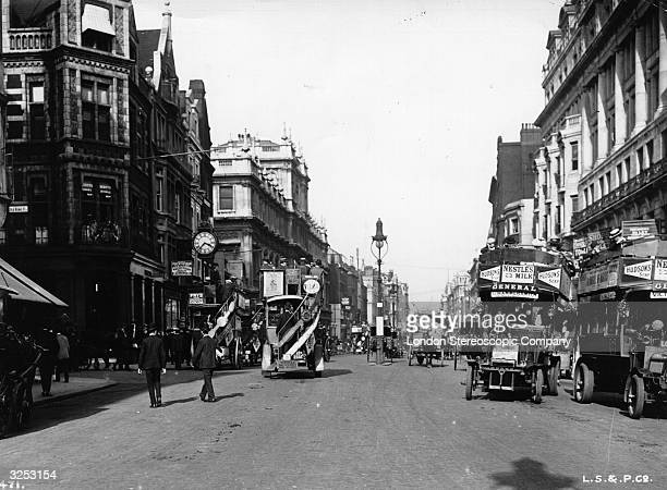 Motor buses in London's Piccadilly