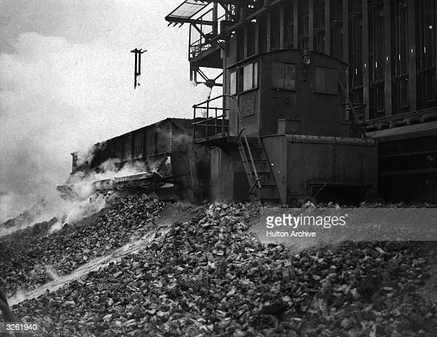 Gas being extracted from coal at a London gasworks