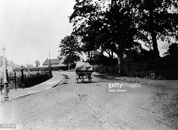 Catholic refugees fleeing from Lisburn County Down in their horse and cart after Loyalist rioting during the Irish War of Independence