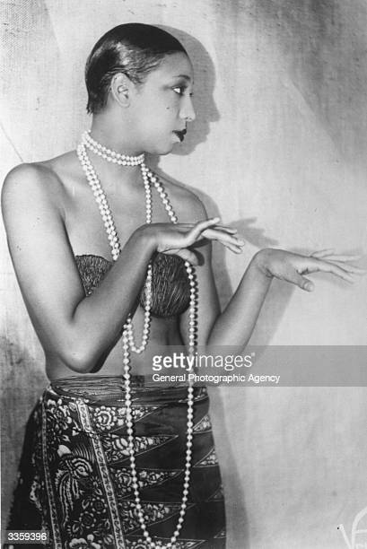 American born dancer jazz singer and entertainer Josephine Baker