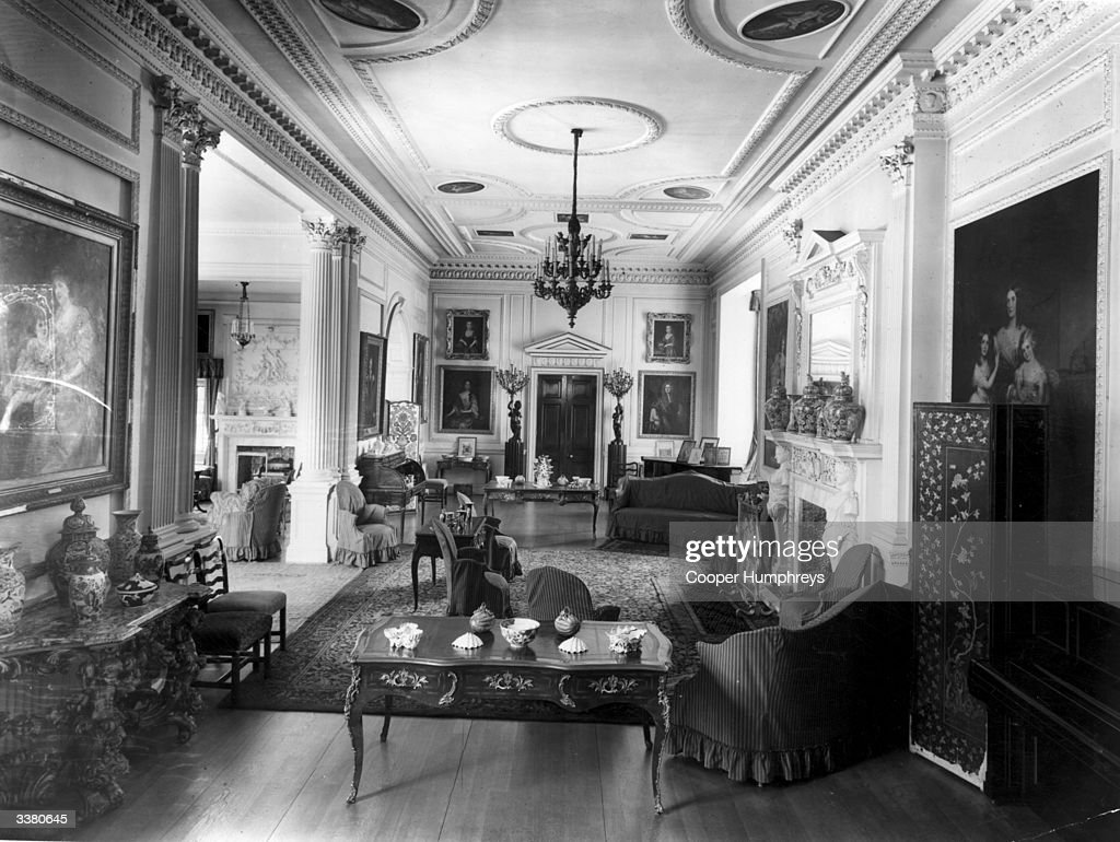 1920s Living Room Stock Photos and Pictures Getty Images