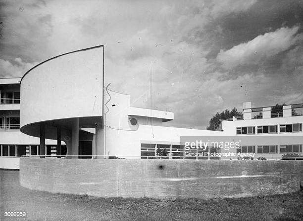 An example of Bauhaus architecture