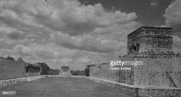 Mayan ruins at Chichen Itza