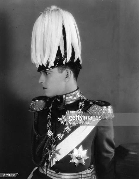Mexican actor Ramon Novarro formerly Ramon Samaniegos as Prince Karl Heinrich in the film 'The Student Prince in Old Heidelberg' directed by Ernst...