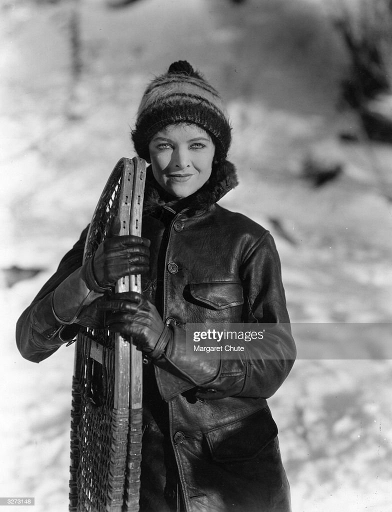 <a gi-track='captionPersonalityLinkClicked' href=/galleries/search?phrase=Myrna+Loy&family=editorial&specificpeople=93857 ng-click='$event.stopPropagation()'>Myrna Loy</a>, the Hollywood film star and actress all ready to go snow-shoeing.