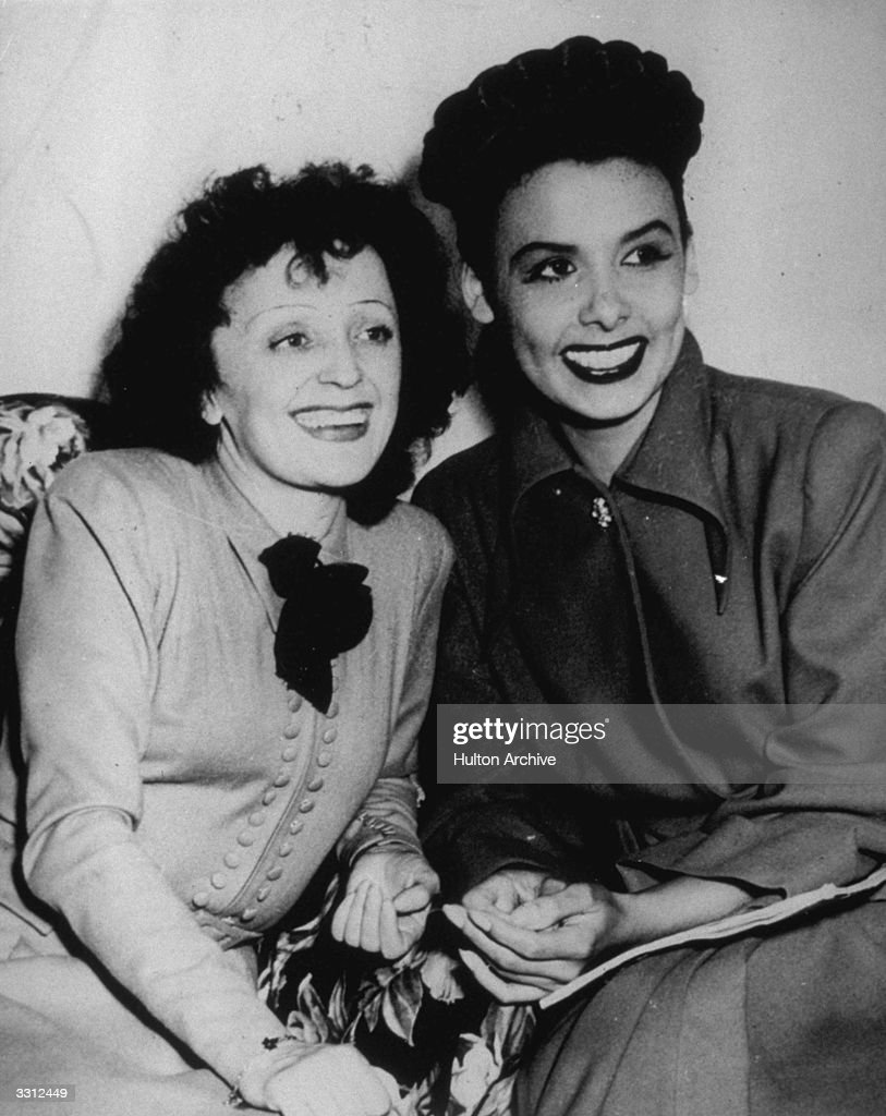 French singer Edith Piaf (1915 - 1963) with American singer and actress Lena Calhoun Horne.