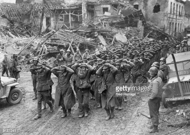 German prisoners of war rounded up by the soldiers of the 9th Army