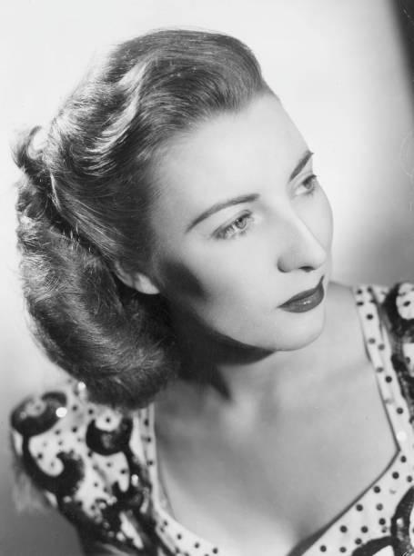 UNS: Dame Vera Lynn Dies At 103
