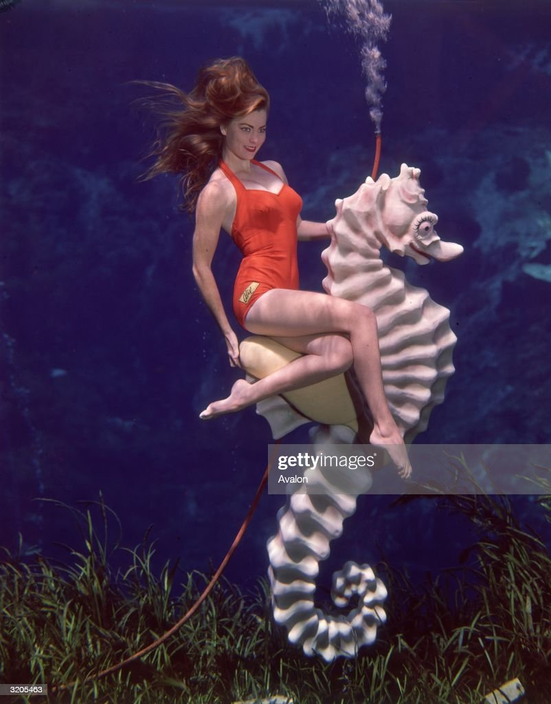 Candice Bergen underwater