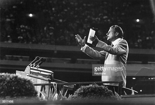 US evangelist Billy Graham addressing a meeting