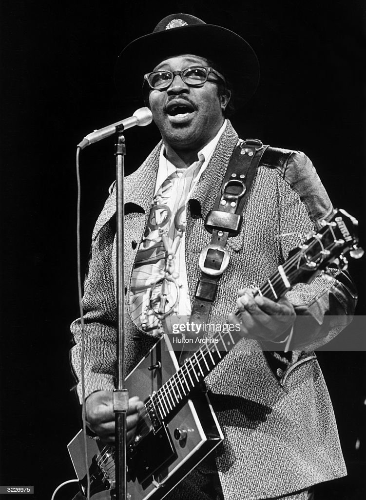 bo diddley Bo diddley tabs, chords, guitar, bass, ukulele chords, power tabs and guitar pro tabs including bo diddley, im a man, roadrunner, before you accuse me, pills.