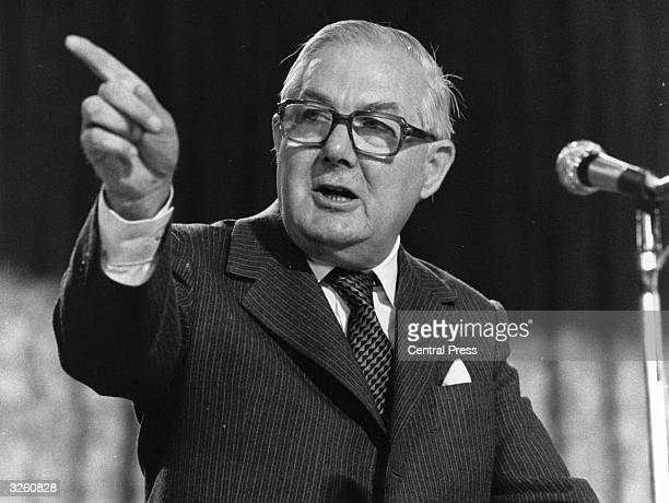 British Labour prime minister James Callaghan making a speech