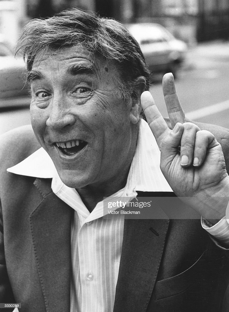 English comedian and actor Frankie Howerd (1922 - 1992).