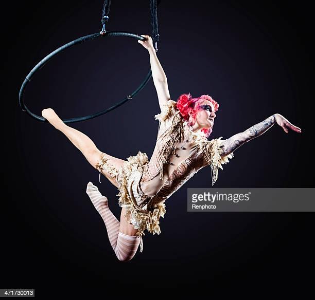Artiste de cirque Hoop