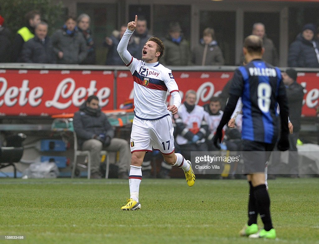 Ciro Immobile of Genoa CFC celebrates scoring the first goal during the Serie A match between FC Internazionale Milano and Genoa CFC at San Siro Stadium on December 22, 2012 in Milan, Italy.