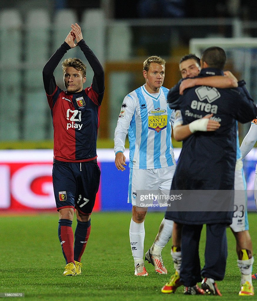 Ciro Immobile (L) of Genoa thanks the fans for their support after the Serie A match between Pescara and Genoa CFC at Adriatico Stadium on December 9, 2012 in Pescara, Italy.