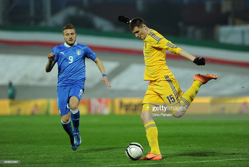 Ciro Immobile (L) of Italy U21 competes with Ptyndeda of Ukraine U21 during the international friendly match between Italy U21 and Ukraine U21 at Stadio Rino Mercante on March 25, 2013 in Bassano del Grappa, Italy.
