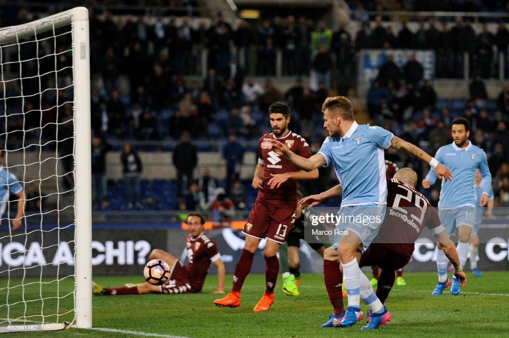 Ciro Immobile of SS Lazio scores the opening goal during the Serie A match between SS Lazio and FC Torino at Stadio Olimpico on March 13, 2017 in Rome, Italy.