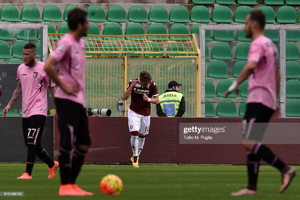 <a gi-track='captionPersonalityLinkClicked' href=/galleries/search?phrase=Ciro+Immobile&family=editorial&specificpeople=5820229 ng-click='$event.stopPropagation()'>Ciro Immobile</a> of Torino celebrates after scoring the equalising goal from the penalty spot during the Serie A match between US Citta di Palermo and Torino FC at Stadio Renzo Barbera on February 14, 2016 in Palermo, Italy.