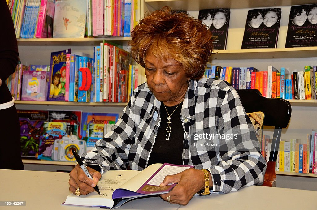 <a gi-track='captionPersonalityLinkClicked' href=/galleries/search?phrase=Cissy+Houston&family=editorial&specificpeople=1019962 ng-click='$event.stopPropagation()'>Cissy Houston</a> signs copies of her new book 'Remembering Whitney' at Bookends on January 31, 2013 in Ridgewood, New Jersey.