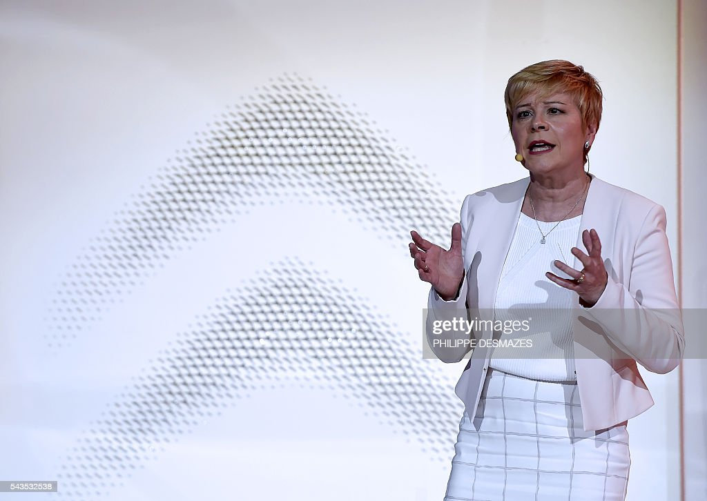 Citroen's Chief Executive Officer (CEO) Linda Jackson delivers a speech before the unveiling of the new Citroen C3 on June 29, 2016 in Lyon. / AFP / PHILIPPE