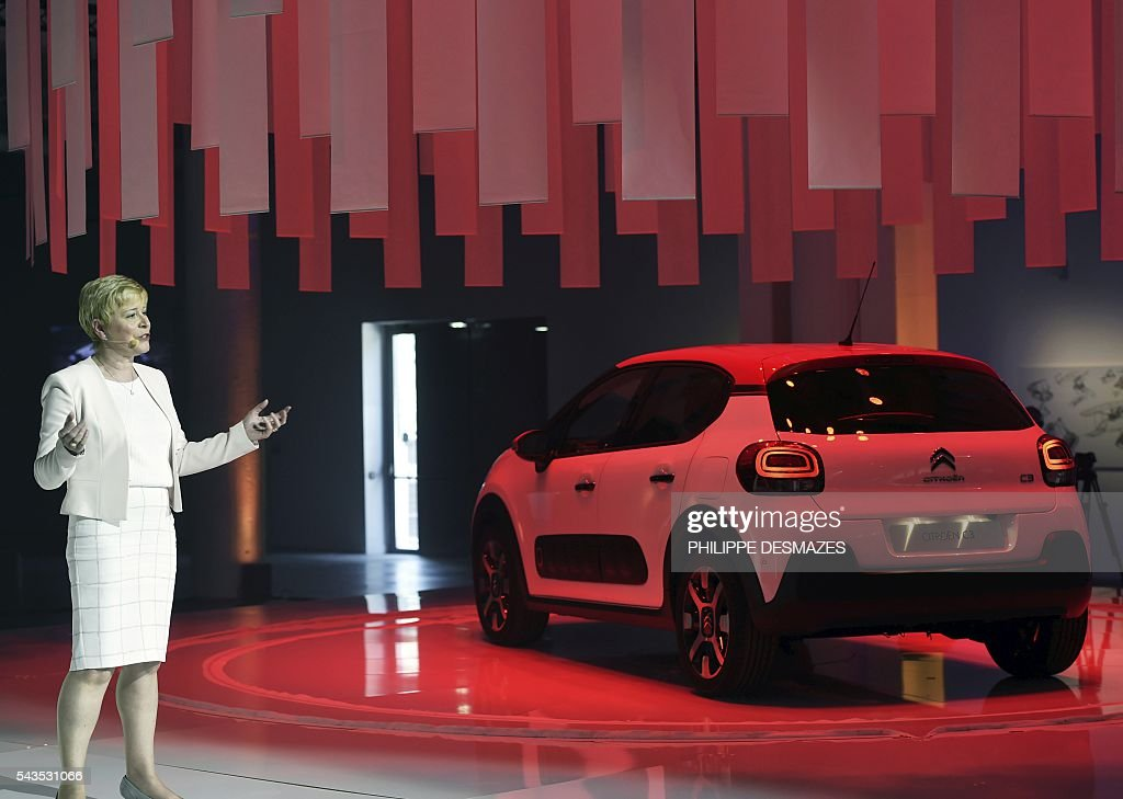 Citroen's Chief Executuve Officer (CEO) Linda Jackson presents the new Citroen C3 during its unveiling in Lyon on June 29, 2016. / AFP / PHILIPPE