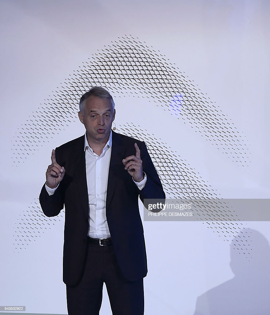 Citroen's Product Director Xavier Peugeot delivers a speech before the unveiling of the new Citroen C3 on June 29, 2016 in Lyon. / AFP / PHILIPPE