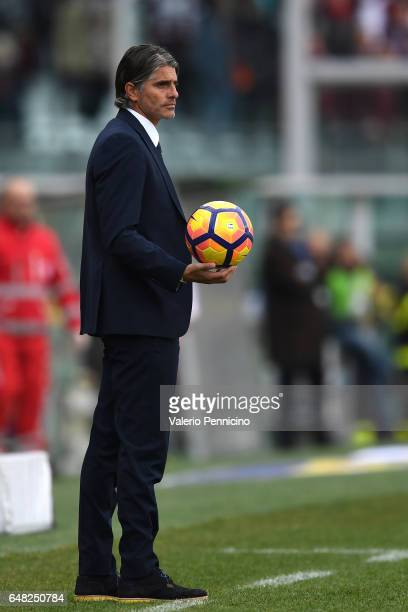 Citta di Palermo head coach Diego Lopez looks dejected during the Serie A match between FC Torino and US Citta di Palermo at Stadio Olimpico di...